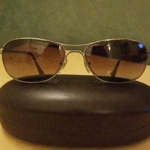 695d069aea Original Louis Vuitton unisex sunglasses